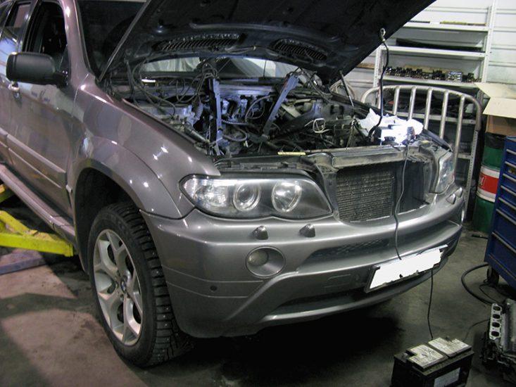 Застукав (стуканув) двигун: що це таке?