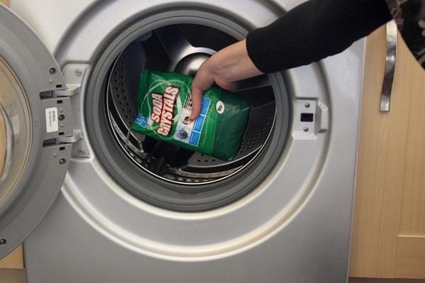 Як продезінфікувати пральну машину автомат: методи чищення в процесі прання