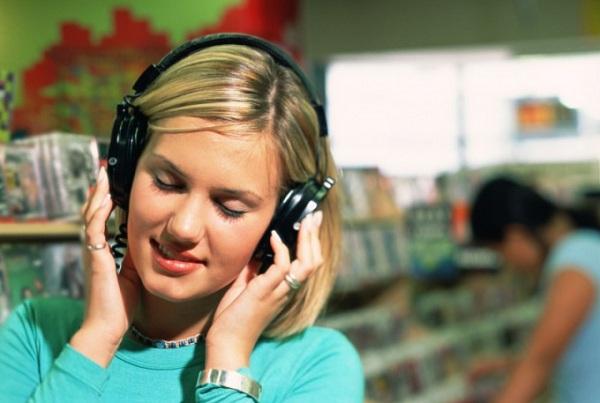 Що робити, якщо навушники стали тихо грати, або один працює голосніше іншого