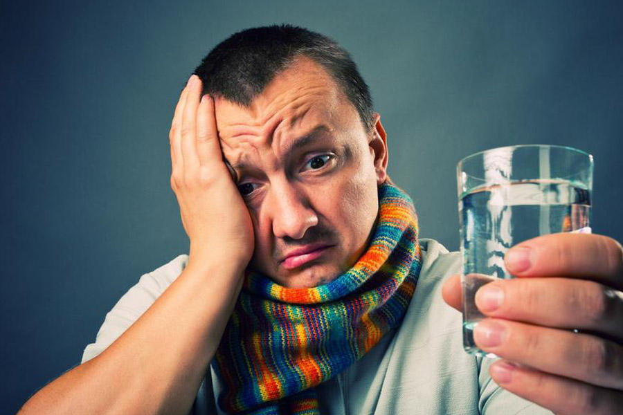 Горілка від кашлю: рецепти, компреси, відгуки