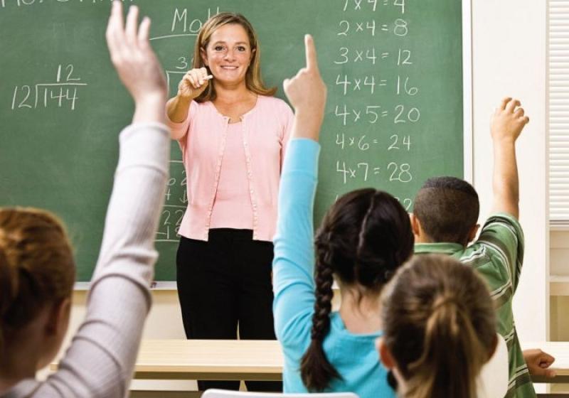 Как ребёнка в начальной школе научить решать задачи по математике?
