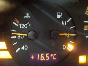 Чому двигун не прогрівається до робочої температури